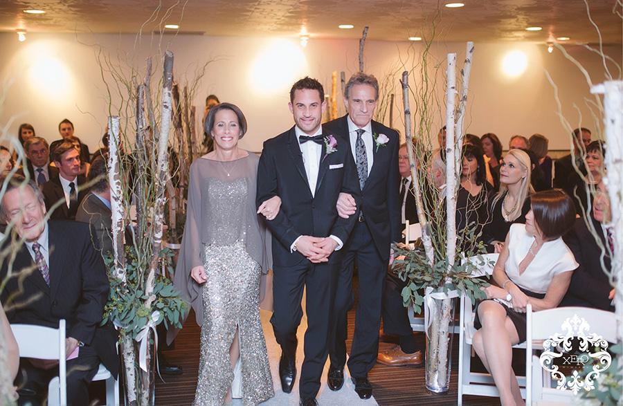love that the groom's parents walk him down the aisle | xerodigital.ca